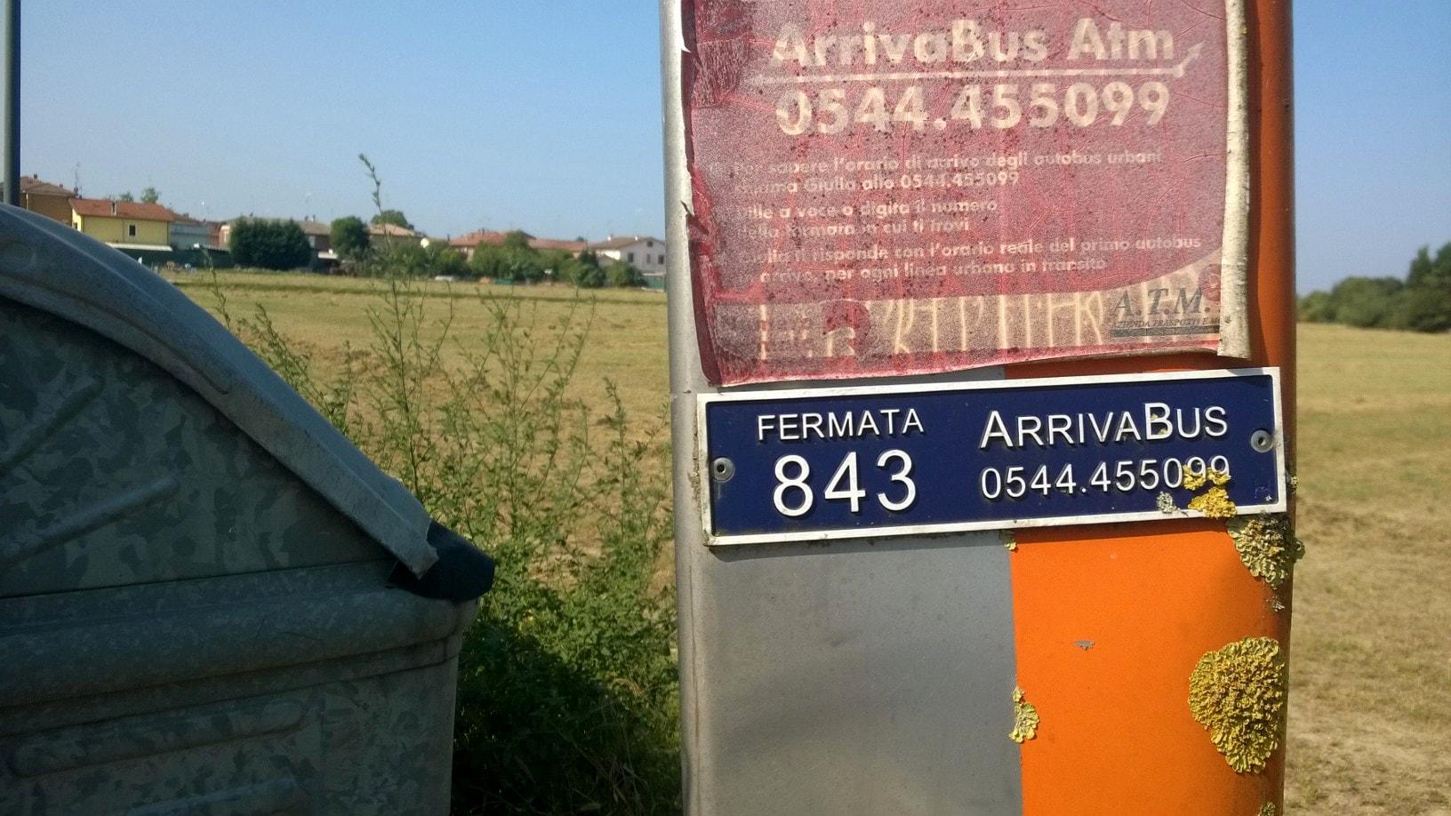 Palina fermata bus 843 via  Sant'Alberto-2