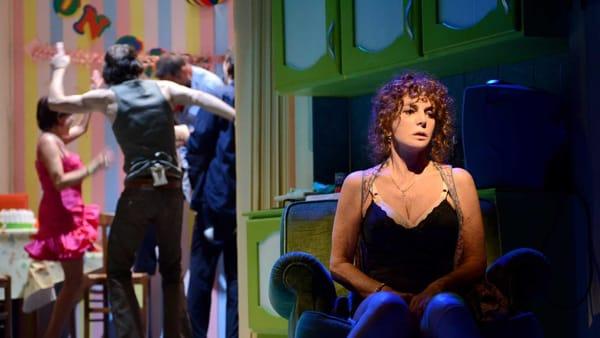 """Giuliana De Sio in """"Notturno di donna con ospiti"""" al teatro di Cervia"""