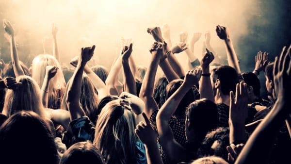 Musica tutta la notte con il New Year's Eve Party