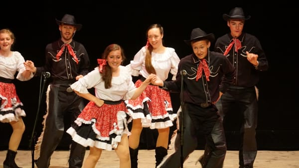 Balli da Usa, Argentina e Sudafrica al Festival internazionale del folclore