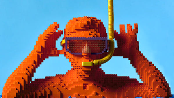 """Mosaici di Lego: gli 800mila mattoncini di Riccardo Zangelmi in """"Forever young"""""""