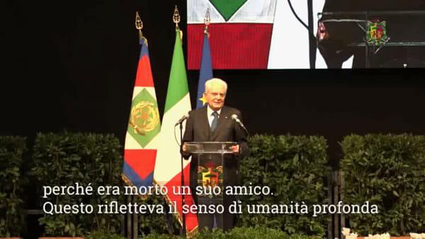 """Bagno di folla per Zaccagnini, Mattarella: """"La politica non può essere disumana"""" - VIDEO"""