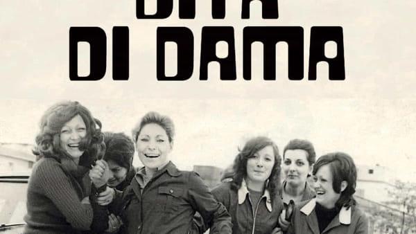 """Il lavoro al femminile in scena con Laura Pozone in """"Dita di dama"""""""
