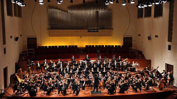 Carosello, Rossini, Bach e Ufo Robot: 60 anni di sigle al Pala de Andrè