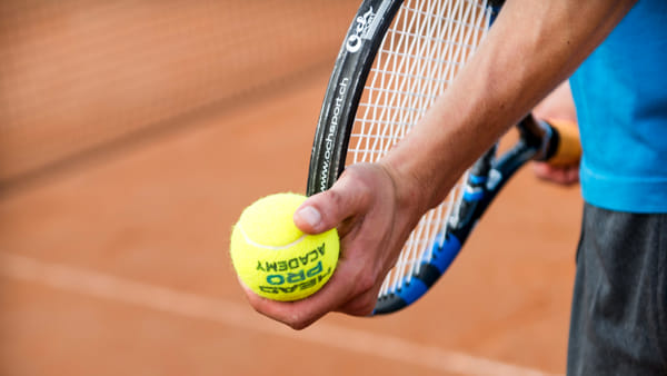 """La stmâna de benësar"": in movimento fra tennis e nordic walking"