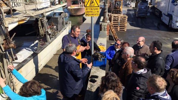 Pescatori protagonisti nelle passeggiate patrimoniali a Borgo Marina