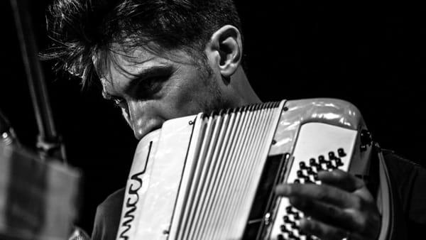 Il Liscio raccontato da Eraldo Baldini e suonato da Christian Ravaglioli al Cisim
