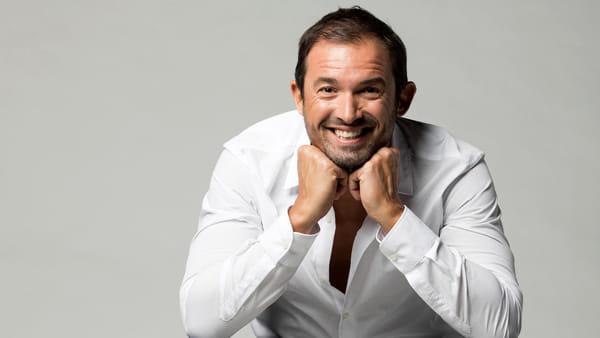 Tante risate con lo show esilarante di Gianluca Impastato