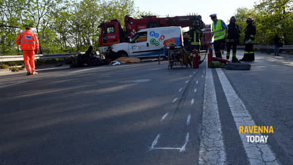 Incidente mortale in via Trieste, 26-4-18 (foto di Massimo Argnani)