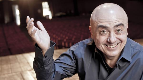 """Paolo Cevoli racconta il cinema e il mondo nello spettacolo """"Flesdens"""""""