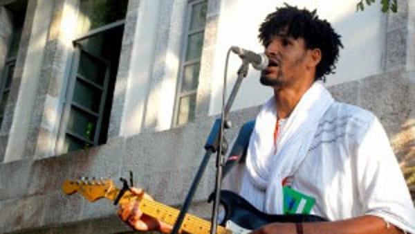 Torna a Ravenna Mdou Moctar, il musicista-rivelazione dalla Nigeria
