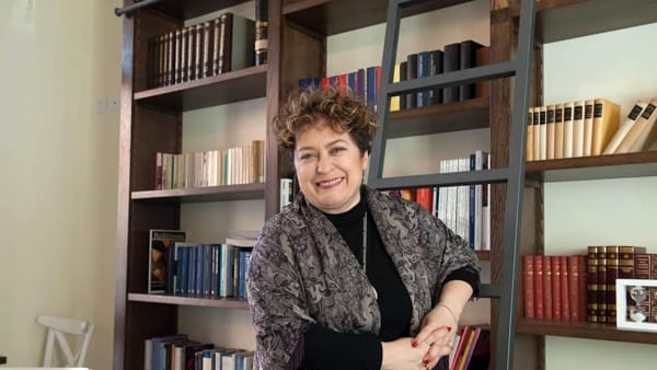 AperiTrisi con Mariella Bucci, letture e aperitivo