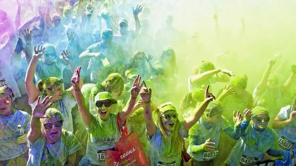 Color Vibe: scatta a Marina di Ravenna la corsa più colorata del mondo
