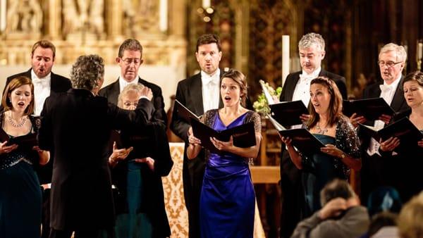 La musica che vince il silenzio: il coro The Sixteen