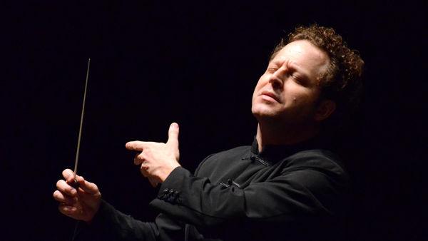 Al Teatro Alighieri si esibisce l'Orchestra Giovanile Italiana diretta da John Axelrod