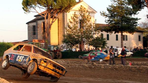 Autoshow, sapori autunnali e spettacoli alla Festa di Pezzolo