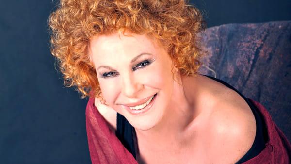Ornella Vanoni canta i suoi successi al Teatro Alighieri