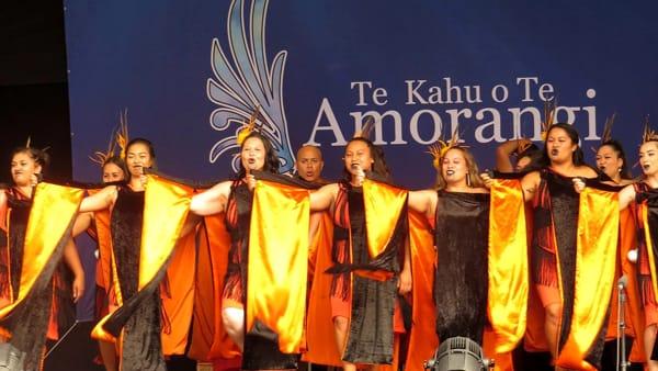 Danze e musiche folk: dalla Polonia alla Nuova Zelanda