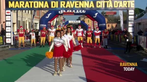 In migliaia al via per la Maratona di Ravenna: emozionante gara per la città - VIDEO