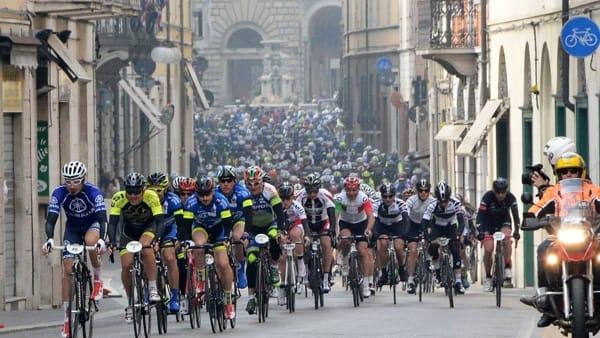 """Sui pedali con la Gran fondo """"Davide Cassani"""""""