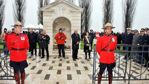 Un monumento per le truppe canadesi che lottarono nella seconda guerra mondiale