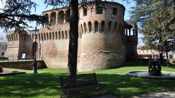 Bagnara, una passeggiata filosofica per scoprire la Rocca