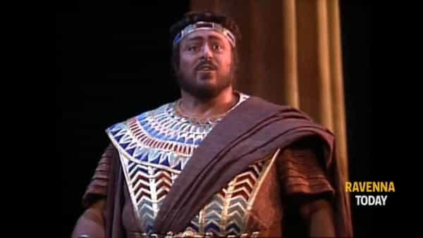 L'interpretazione di Luciano Pavarotti nell'Aida di Verdi