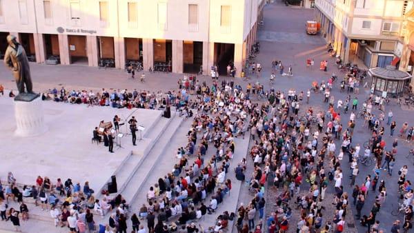 """Concerti all'alba: in piazza lo spettacolo """"Virtuoso"""""""