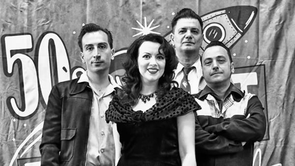 Boogie woogie travolgente con Martini and the Olives