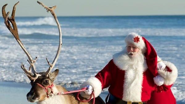Il Natale sbarca sulla spiaggia con presepi, gospel, cenone e tombolone