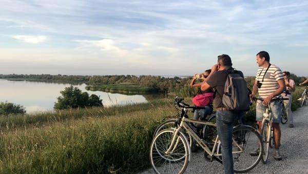 Una pedalata tra storia e natura