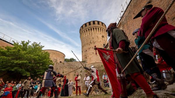 Un tuffo indietro di 600 anni: a Brisighella torna la festa medievale