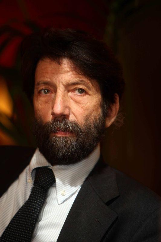 Nella foto Massimo Cacciari