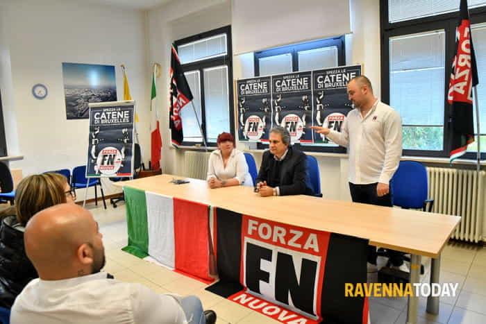 Forza Nuova, il segretario nazionale Roberto Fiore a Ravenna (foto di Massimo Argnani)