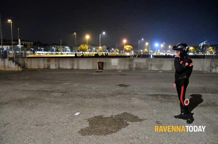 Brutale accoltellamento in Darsena (foto Massimo Argnani)